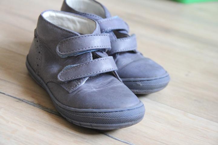 a60483b73c Celoroční celokožené dětské boty Primigi na suchý zip. Na obrázku vidíte  boty po dvou měsících používání. Jsou čisté