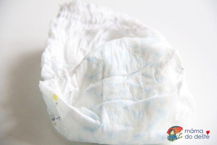 Pampers Pants Premium Care: Savé jídro