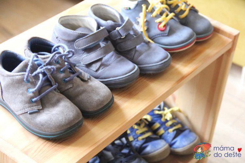 Jak vybrat boty pro dítě se širokou nohou?