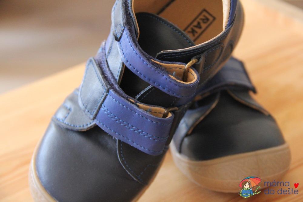 Dětské boty Rak - tyhle opravdu vydrží, neodřou se.