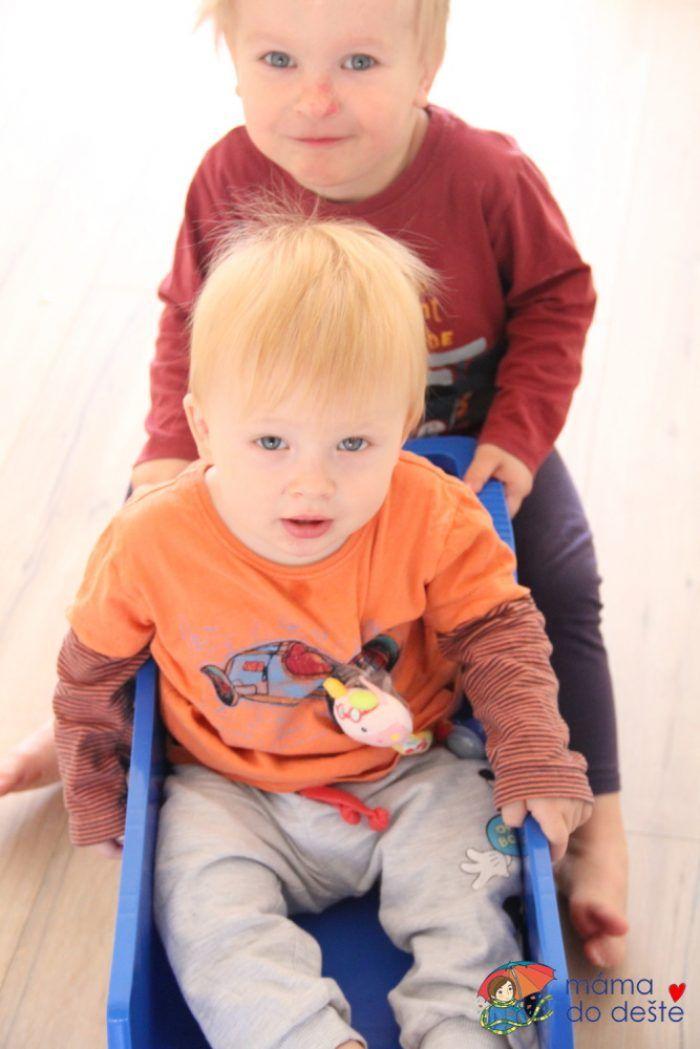 Tatrovka uveze i dvě děti.