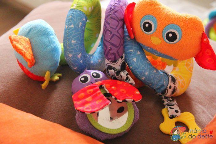 Playgro spirála se zvířátky - ptáček, sovička a beruška jako zrcátko.