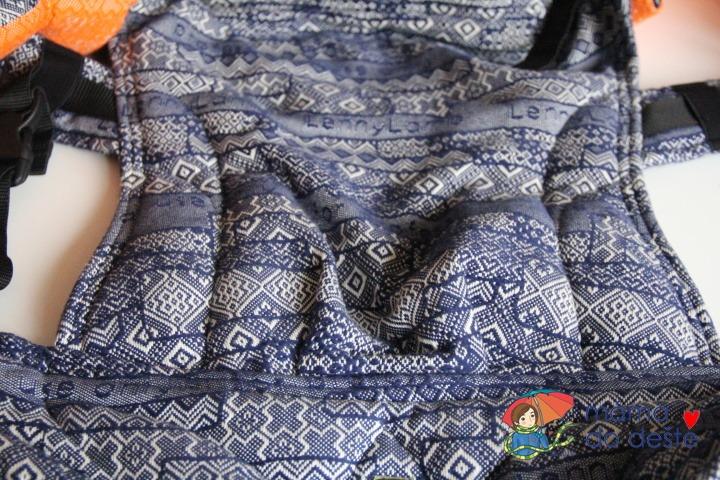 Nosítko LennyLamb Baby: Detail na tkaninu.