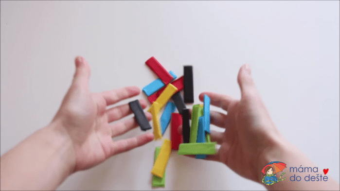 Hra č. 2(vsunování papíru)