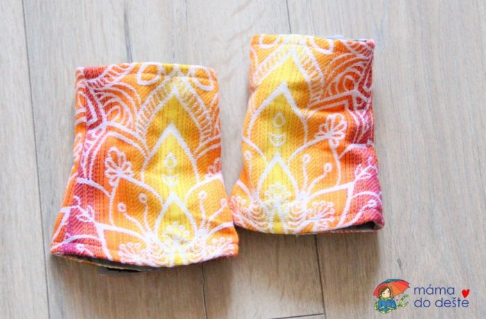 Nosítko Lenka 4ever – slintáčky dostanete vbarvě nosítka zdarma