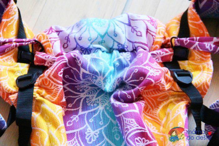 Nosítko Lenka 4ever Mandala Night - detail a stahovací šňůrku