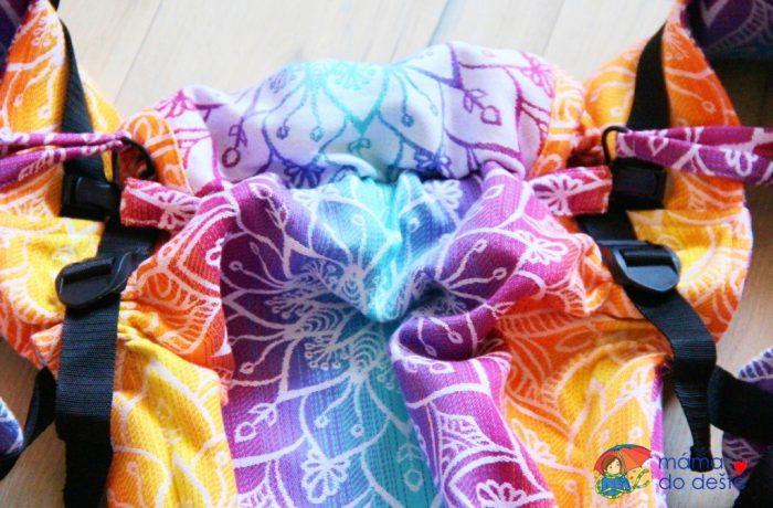 Nosítko Lenka 4ever Mandala Night – detail astahovací šňůrku