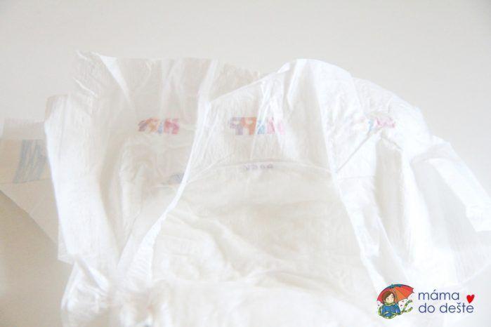 Plenky Hipp - detail na záda bez gumičky