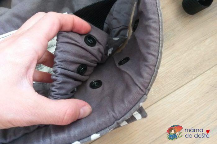Nosítko Tula FTG - nastavení látky mezi nožičkami