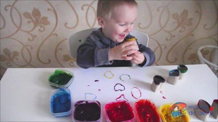 Domácí prstové barvy a razítka