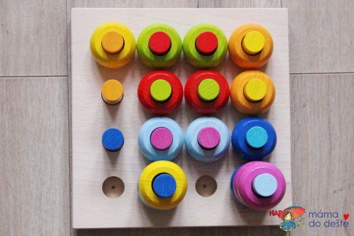 HABA hra s barvami - vrstvení špalíků