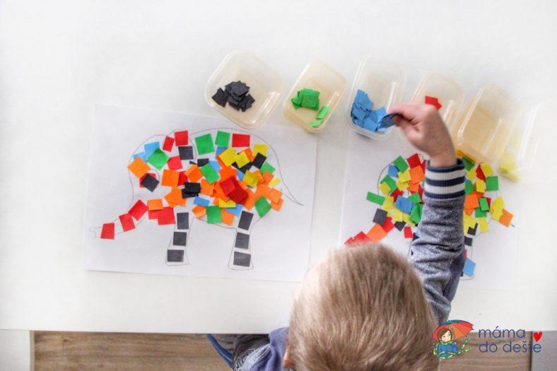 Mozaika z barevného papíru