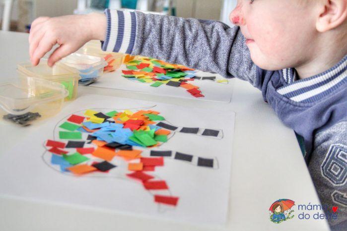 Mozaika z barevného papíru: Skládání