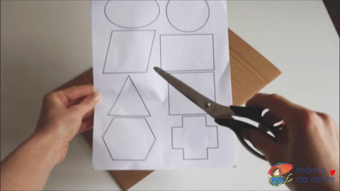 Geometrická vkládačka krok za krokem: Stříhání.