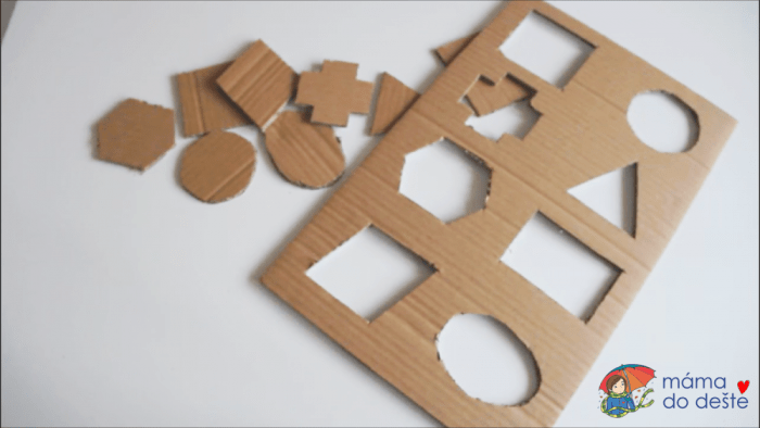 Geometrická vkládačka krok za krokem: Vyříznuté tvary.