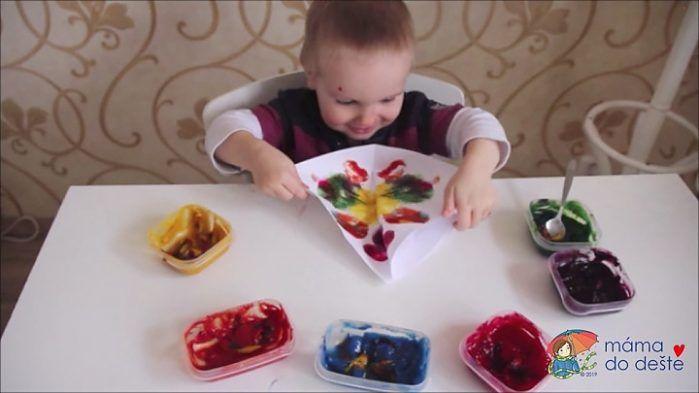 Domácí prstové barvy - motýlci krok za krokem