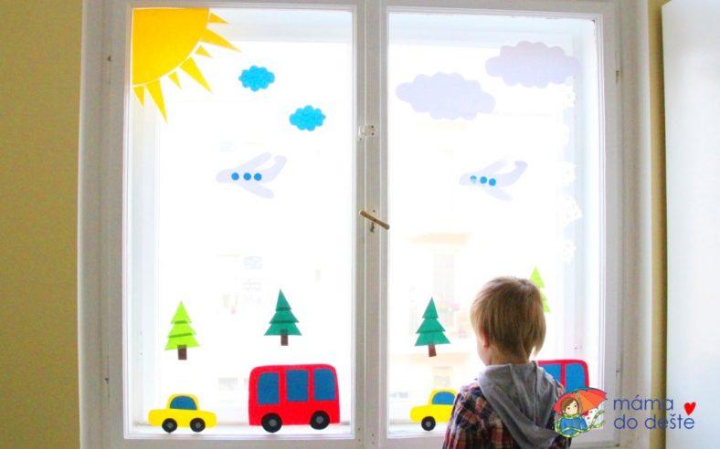 Papírové dekorace na okna autíčka
