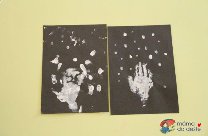 Zimní strom zotisků ruky aprstů