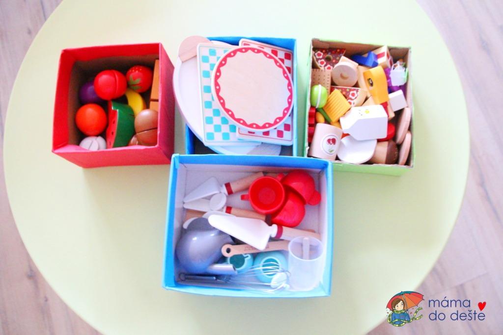 Jak vyrobit barevné krabice na hračky