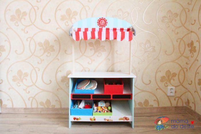 Dřevěný stánek a divadlo 2 v 1 z Lidlu PLAYTIVE®JUNIOR - doplněk ke kuchyňce