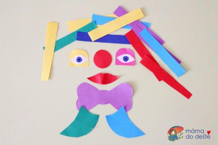 Pestrobarevný klaun z papíru