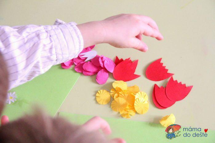 Co kvete na jaře? Jarní louka na papíře i venku