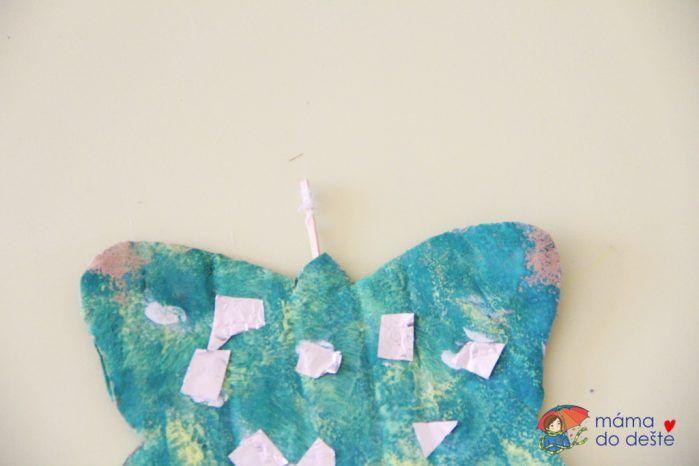 Motýlci z kartonu: Jarní dekorace na pověšení