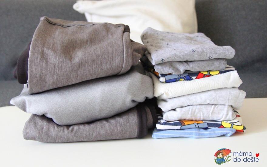 Zkušenosti s dětským oblečením: Které vydrží hodně a co se zničí?