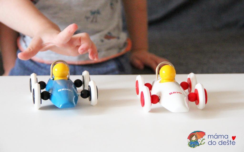 Dřevěné závodní autíčko pro nejmenší: Formule Brio
