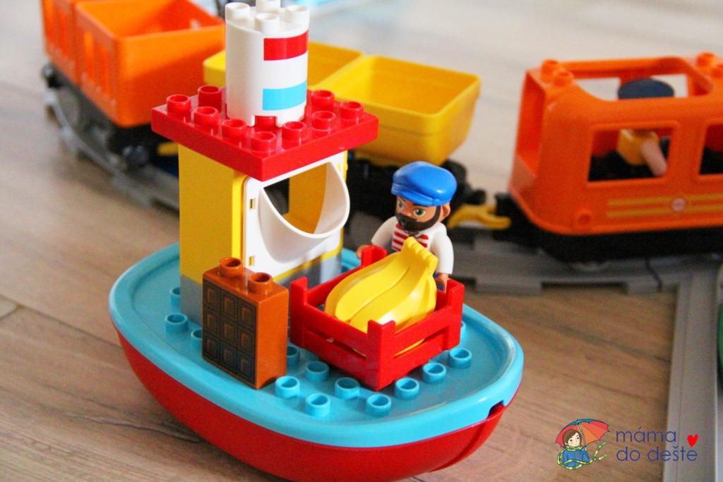 Recenze LEGO DUPLO® Town 10875 Nákladní vlak