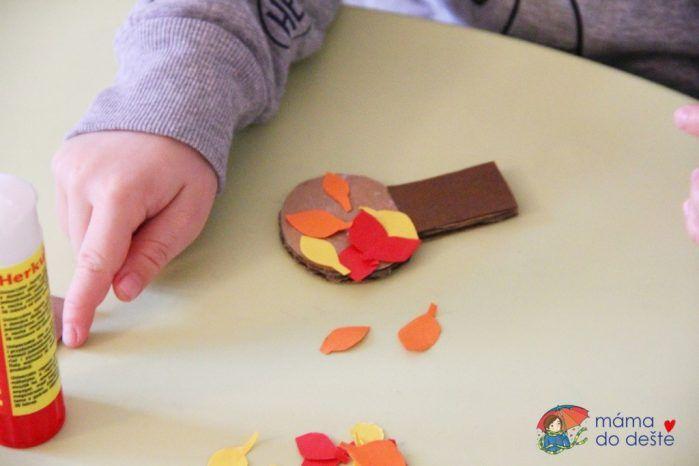 DIY podzimní ozdoby do květináče z kartonu a barevného papíru
