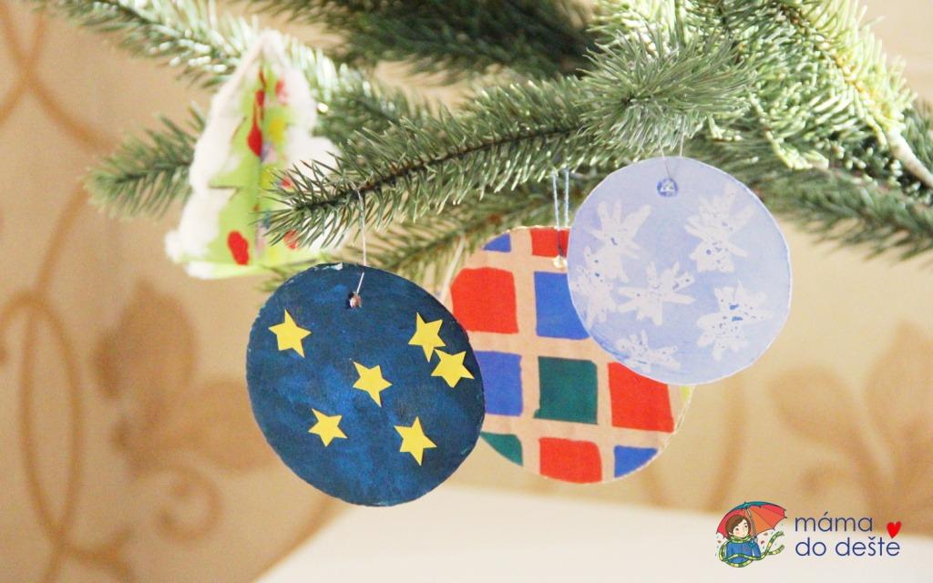 5 tipů na DIY vánoční ozdoby ze staré krabice nebo z papíru