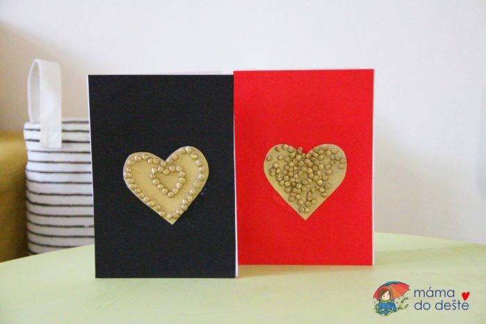 3 tipy na DIY tematická novoroční přání z černého papíru