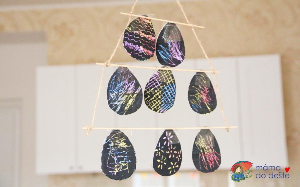 DIY vyškrabovací velikonoční závěsné dekorace