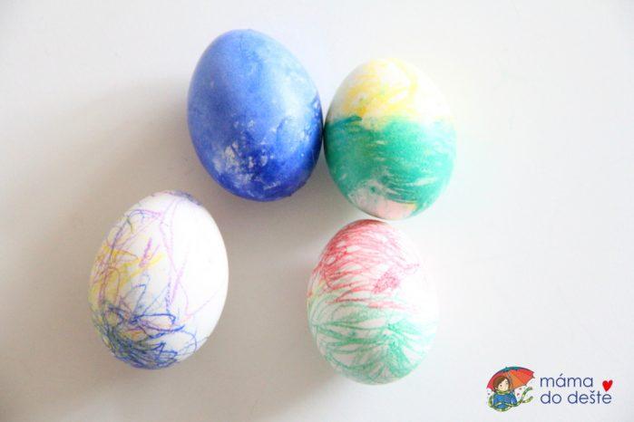 Barvení vajec voskovkami a pastelkami Stabilo