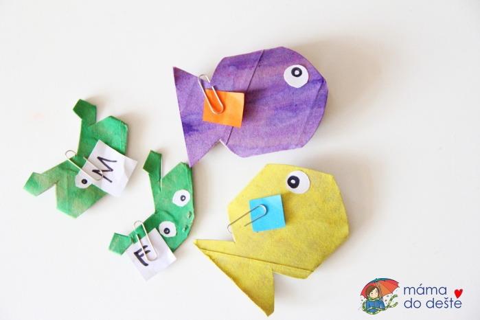 Chytání ryb: Akvárium z ruliček od toaletního papíru a vodovek