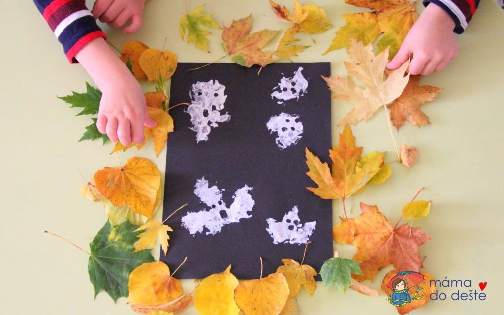Strašidla jako otisky z podzimního listí