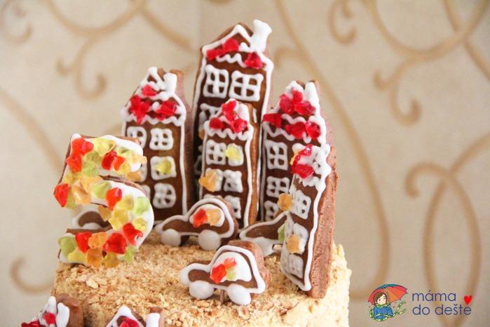 Recept na dort a la medovník k pátým narozeninám