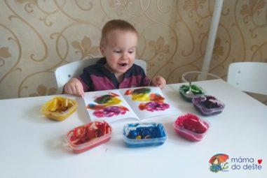 Vyrábíme doma: Jak na domácí prstové barvy – 4 kreativní tipy pro rodiče