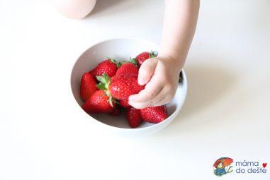 Jak vybrat ovocný příkrm pro kojence aco nekupovat?