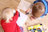 Jak snadno zabavit děti? Razítkujeme do obrázků (+autobus kvytištění zdarma)