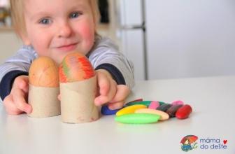Jak na barvení vajec sdvouletými atříletými dětmi?