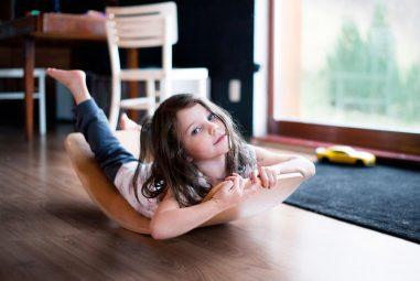 Houpací prkno: Hračka pro děti, motorická pomůcka pro pacienty